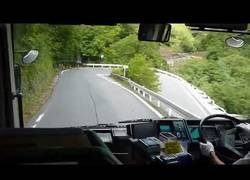 Enlace a Con todos ustedes el rey de los autobuseros