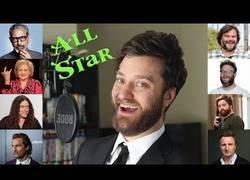 Enlace a Imita la voz de varias celebridades para cantar la mítica 'All Star' de Smash Mouth