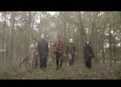 Enlace a Los clásicos asesinos intrepretando un tema a lo Backstreet Boys