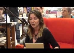 Enlace a La incrieble voz de la actriz de doblaje Núria Mediavilla