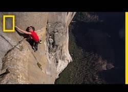 Enlace a Escala a la roca El Capitán de Yosemite [Inglés]