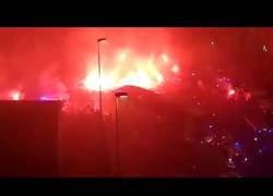Enlace a Llegada del autobús del Real Oviedo al campo en el enfrentamiento contra el sporting