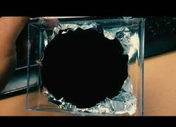Enlace a Vantablack: El material más negro del mundo