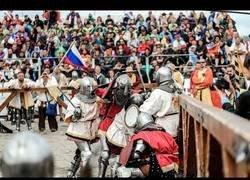 Enlace a Parece ser que las batallas medievales siguen estando de moda