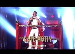 Enlace a Berto Romero da vida a Freddie Mercury