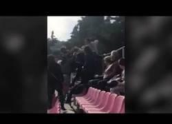 Enlace a Batalla campal en un partido infantil