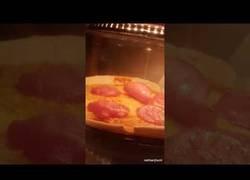 Enlace a El salami sigue vivo en el horno