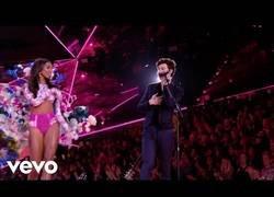 Enlace a Actuación de Shawn Mendes en el desfile de Victoria's Secret