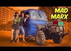 Enlace a MAD MARX: el tractor chino del apocalipsis