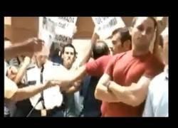 Enlace a Santiago Abascal versus E.T.A (1999): Con un par
