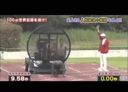 Enlace a Hombre corre 100 menos en menos de diez segundos gracias a unos ventiladores
