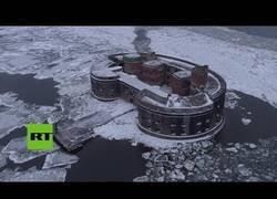 Enlace a Así es la mítica 'Fortaleza de la Plaga' de Rusia