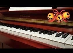 Enlace a Jingle Bells a piano, aún estás a tiempo de aprenderla