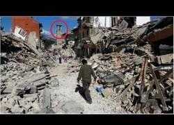 Enlace a Terremoto en Italia hoy || Video de cámaras y destrucción de terremotos.