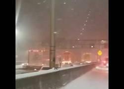 Enlace a Fuertes nevadas en Estados Unidos. Marcos únicos