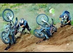 Enlace a Competición de escalada con motocross