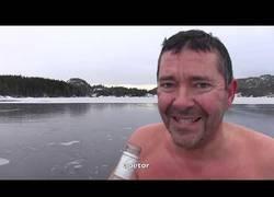 Enlace a Nadando bajo el hielo gracias a un ingrediente secreto