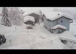 Enlace a Increíble tormenta de nieve en Austria