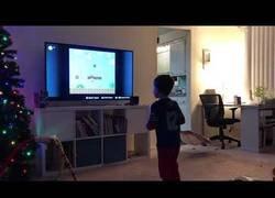 Enlace a Niño de 5 años se pasa por primera vez el nivel 1 de Mario Bross