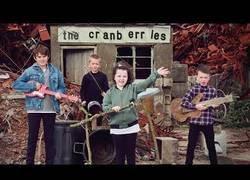 Enlace a The Cranberries publica la primera canción tras la muerte de su líder Dolores O'Riordan