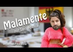 Enlace a Santiago Abascal se mete en el papel de Rosalía para cantarnos sobre la actualidad de España