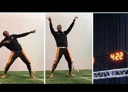 Enlace a Usain Bolt iguala el récord de correr 40 yardas de la NFL en 4.22 segundos