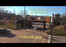 Enlace a Hay que vigilar las señales de un puente o te puedes llevar un gran susto en la carretera