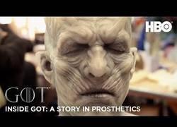 Enlace a El brutal trabajo que hay detrás del maquillaje de todos los personajes de Juego de Tronos