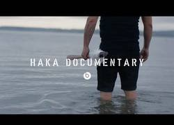 Enlace a La historia tras la famosa Haka [Inglés]
