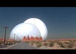 Enlace a Así se verían los diferentes planetas que conocemos si orbitasen entre la Tierra y la Luna