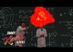 Enlace a Los increíbles experimentos científicos vistos en el show de Jimmy Kimmel