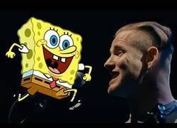 Enlace a Corey Taylor, el vocalista de Slipknot canta en pleno concierto el tema de Bob Esponja