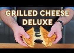 Enlace a El delicioso sandwich de queso que podemos encontrar en Regular Show