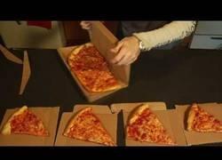 Enlace a GreenBox, la caja con la que podrás usarla de platos y volver a reutilizarla