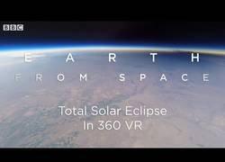 Enlace a Viviendo un eclipse solar desde el espacio