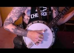 Enlace a Heavy Metal Banjo