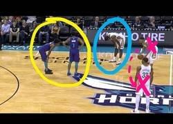 Enlace a El lado feo de la NBA