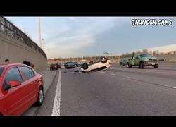 Enlace a Recopilatorio accidentes de coche increíbles