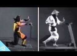 Enlace a Cómo se creó el primer Mortal Kombat detrás de las cámaras