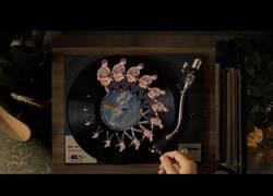 Enlace a Videoclip creado a mano, sin efectos visuales