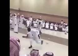 Enlace a Cuando los saudíes entran en la discoteca