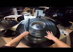 Enlace a Rutina manual de un proyector IMAX de 30 años