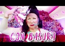 Enlace a Los Morancos parodian a Rosalía con un mensaje ecologista