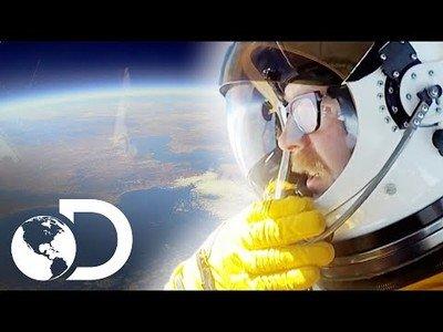 Adam logra ver curvatura de la tierra | Mythbusters: Los cazadores de mitos