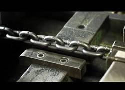 Enlace a Cómo hacer cadenas en máquinas herramientas...