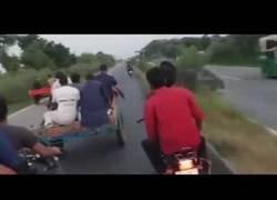 Enlace a Una carrera de carreta que no acaba bien