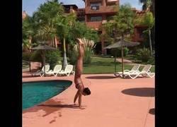 Enlace a Salir de la piscina con estilo