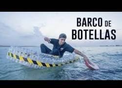 Enlace a ¿Puede flotar un BARCO hecho solo de BOTELLAS?