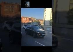 Enlace a Detención de un vehículo robado en Barcelona