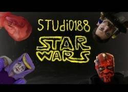 Enlace a El episodio I de Star Wars en versión 'low cost'